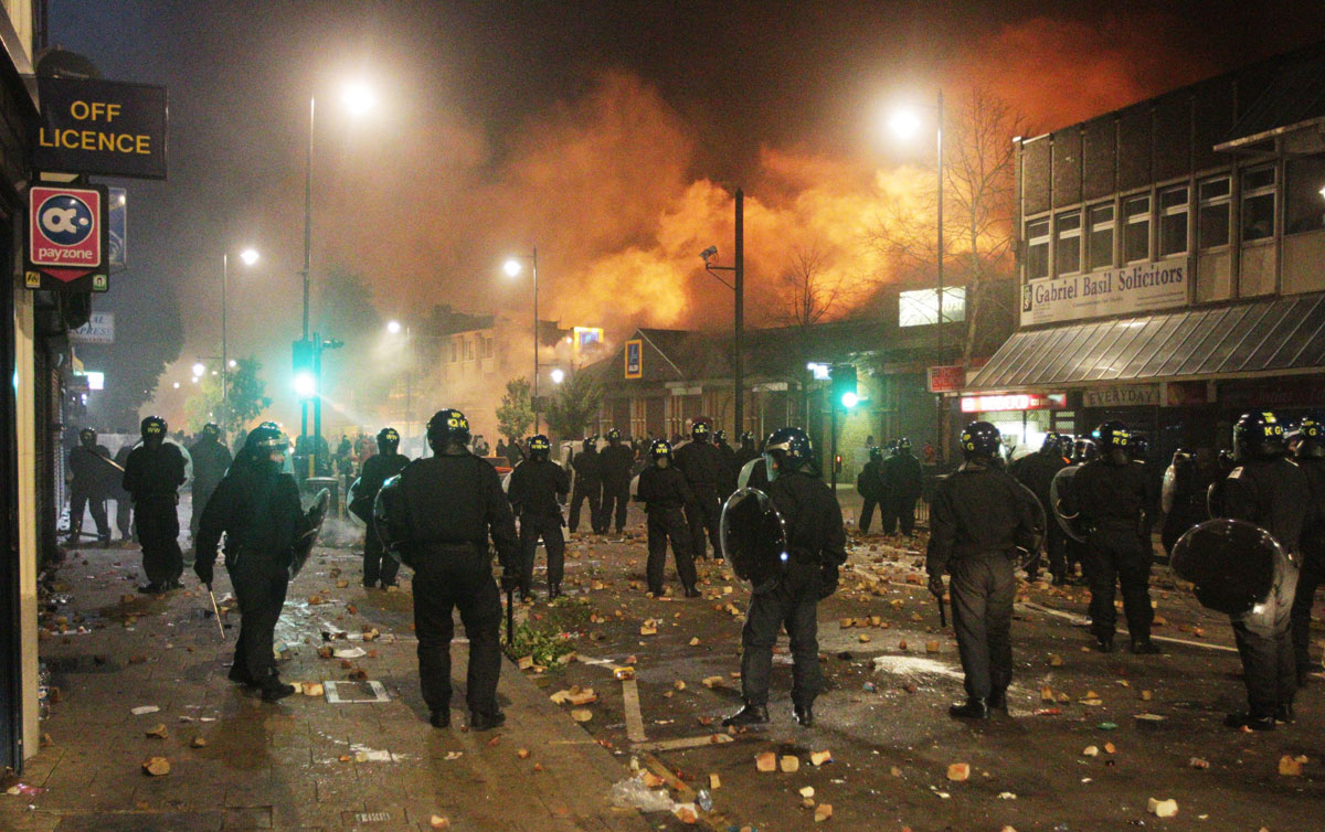 youth in the uk riots 'reading the riots' and increasing public understanding  a significant body of  research relating to youth disaffection, anti-social behaviour and policing  the  guardian to establish a joint research project following the 2011 riots in england.